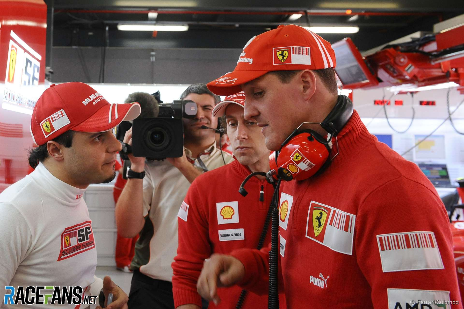 Michael Schumacher joins Mercedes F1 team for 2010 - Official