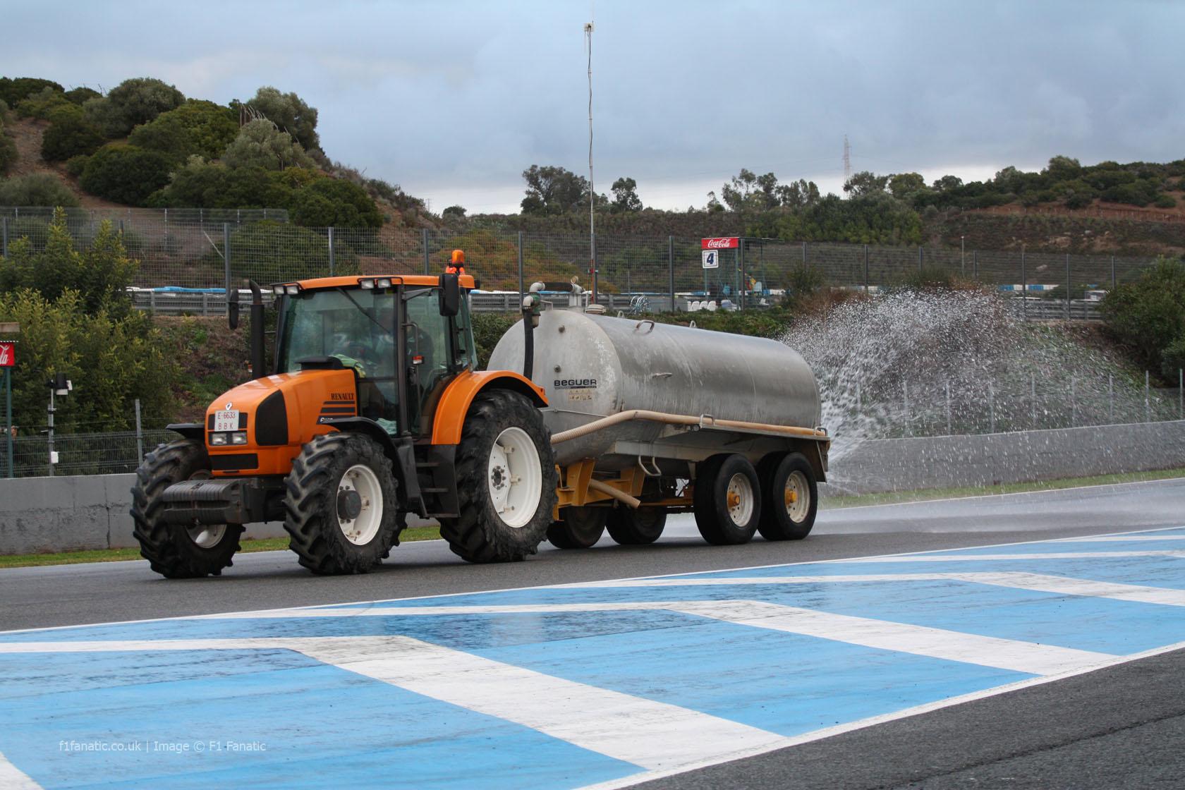 Water tanker, Jerez, 2013