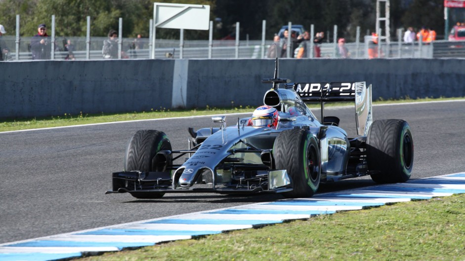 Button quickest as problems halt Renault teams