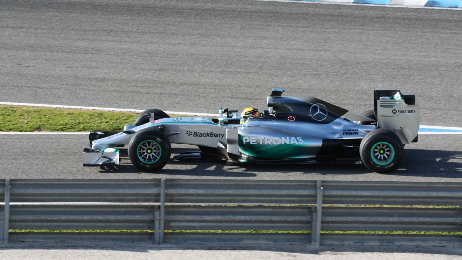 Hamilton happy despite opening day shunt