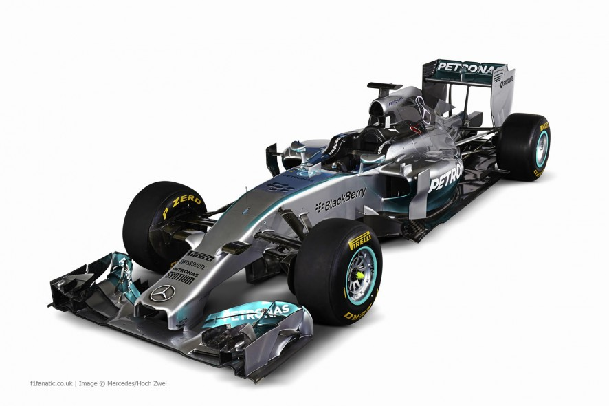 merc-w05-three-qaurter-886x590.jpg