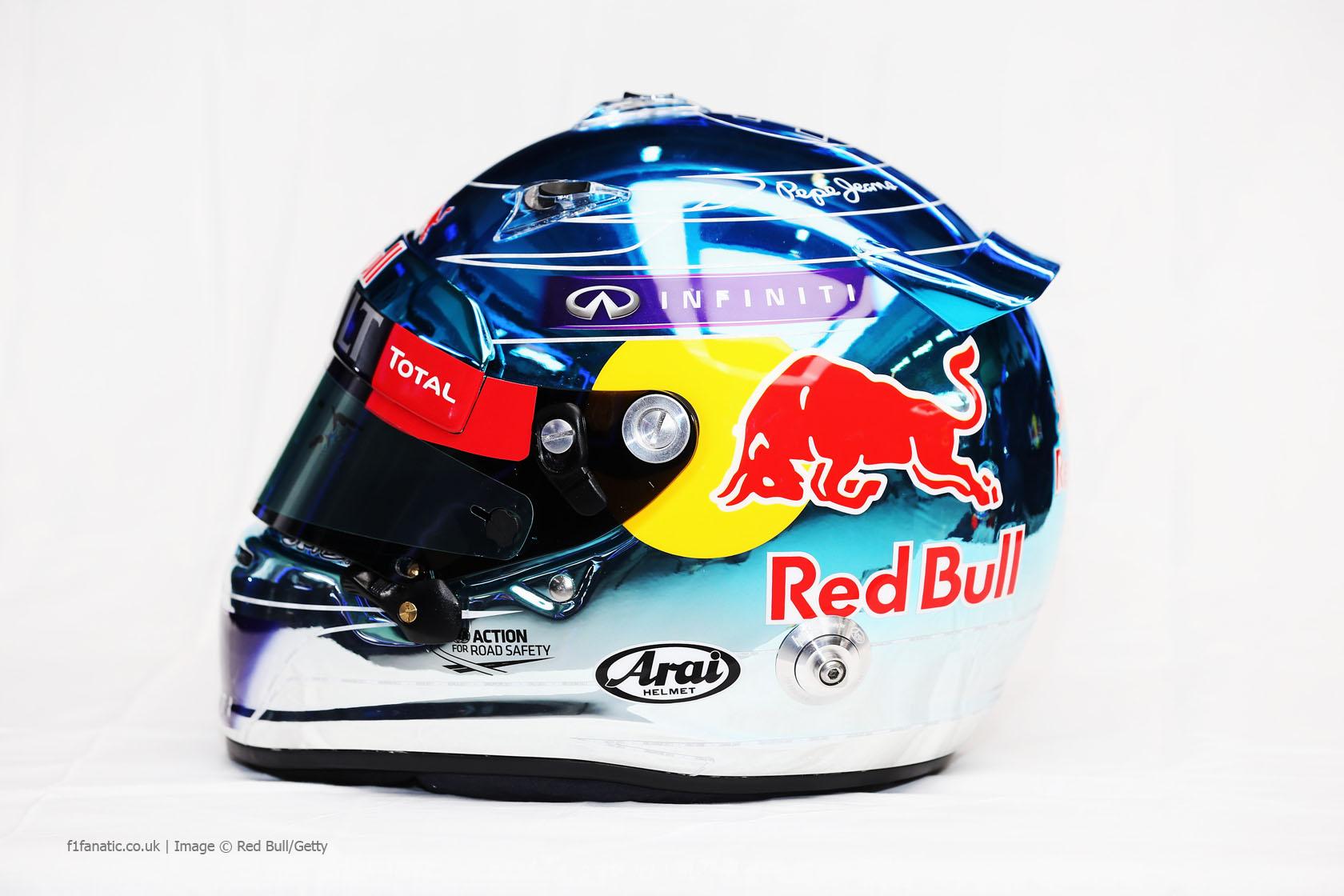Sebastian Vettel helmet left, Red Bull, Jerez, 2014 · F1 Fanatic