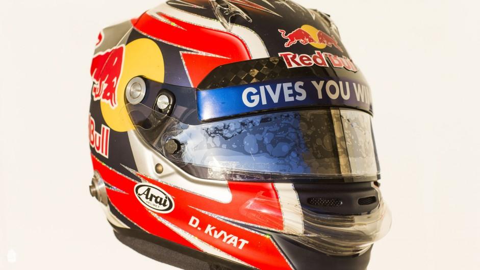 Daniil Kvyat helmet 2, Toro Rosso, 2014