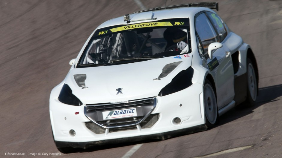 Villeneuve tests rallycross car ahead of debut