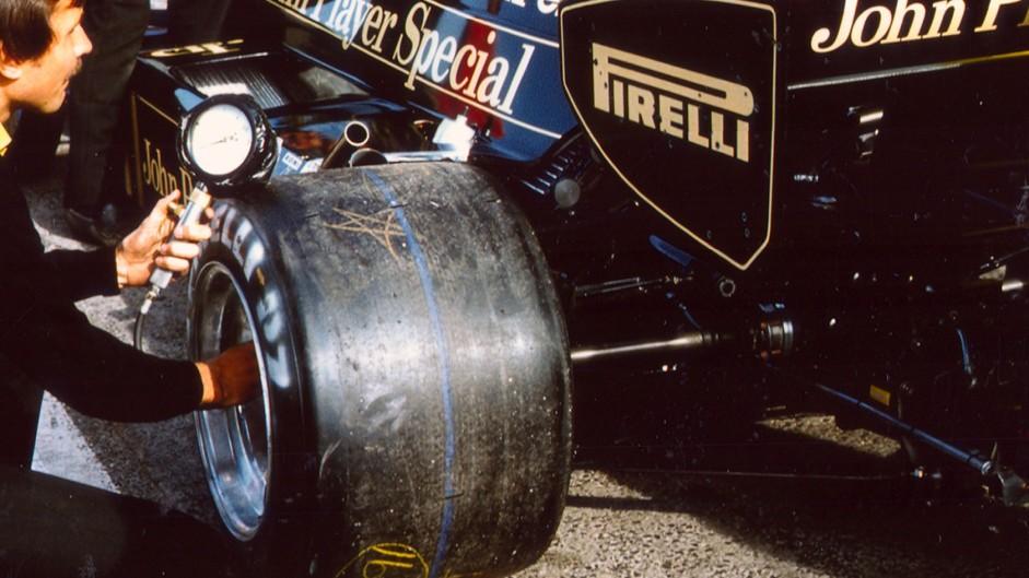 Elio de Angelis, Lotus, 1983