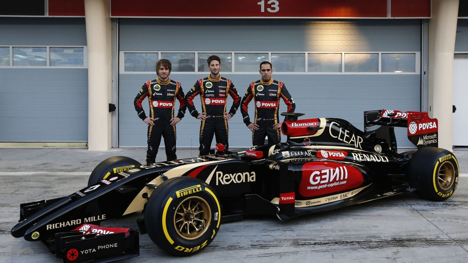 Lotus appoint Pic as third driver