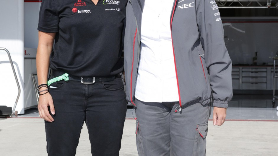 Sauber helping De Silvestro towards 2015 race seat