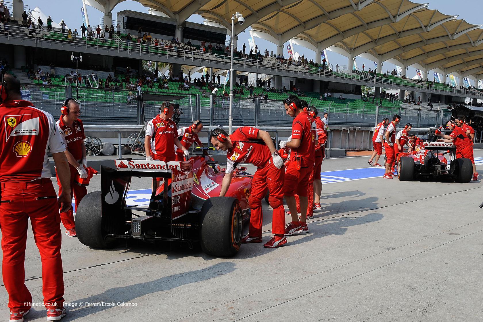Kimi Raikkonen, Fernando Alonso, Ferrari, Sepang International Circuit, 2014