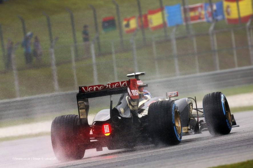 Romain Grosjean, Lotus, Sepang International Circuit, 2014