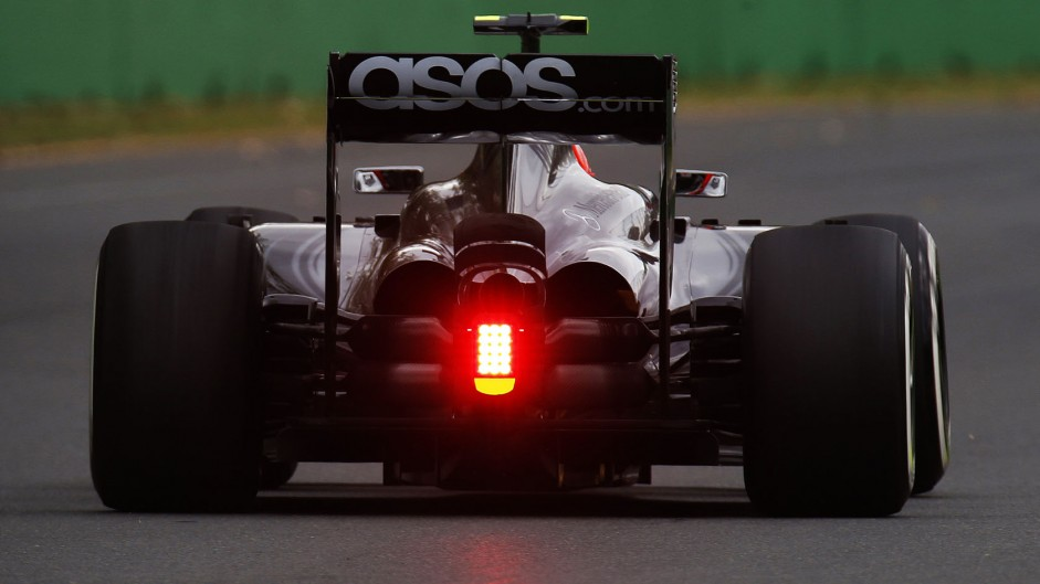 F1 'risked losing manufacturers' without new engines