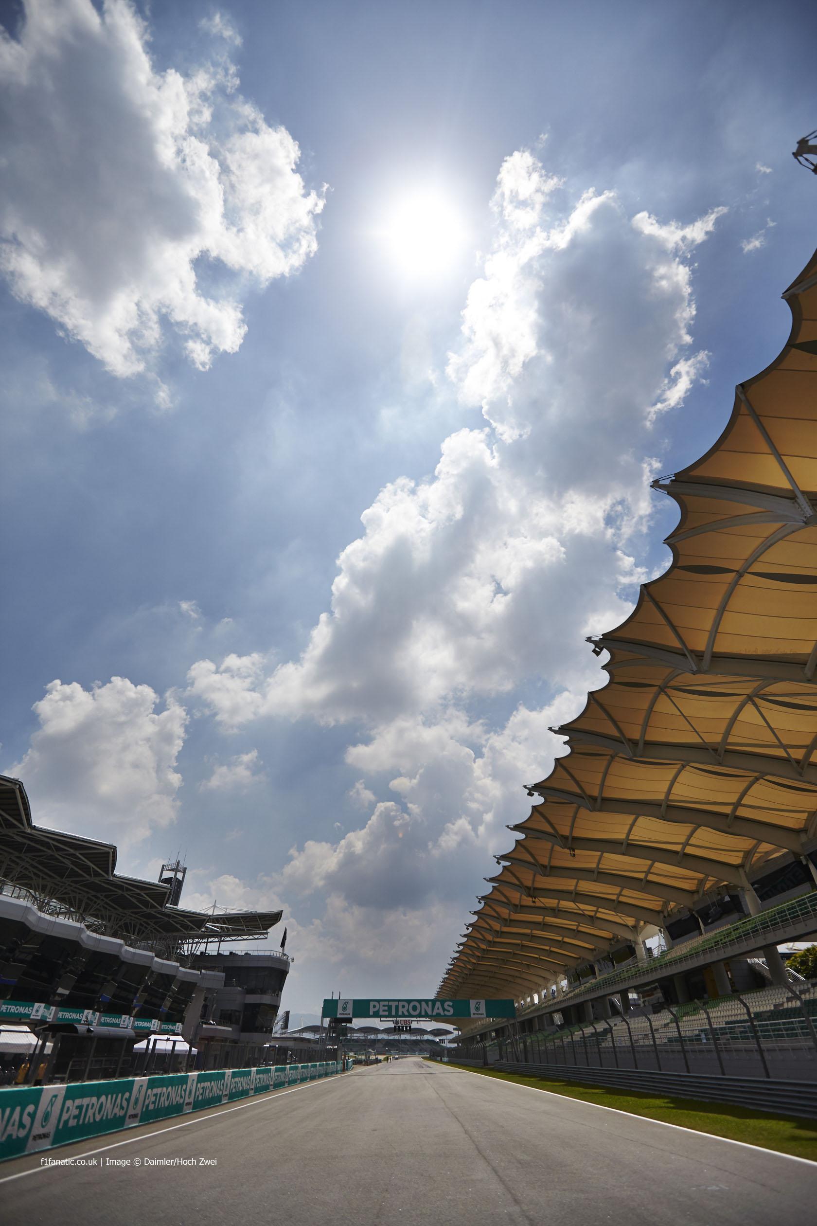 Pit straight, Sepang International Circuit, 2014