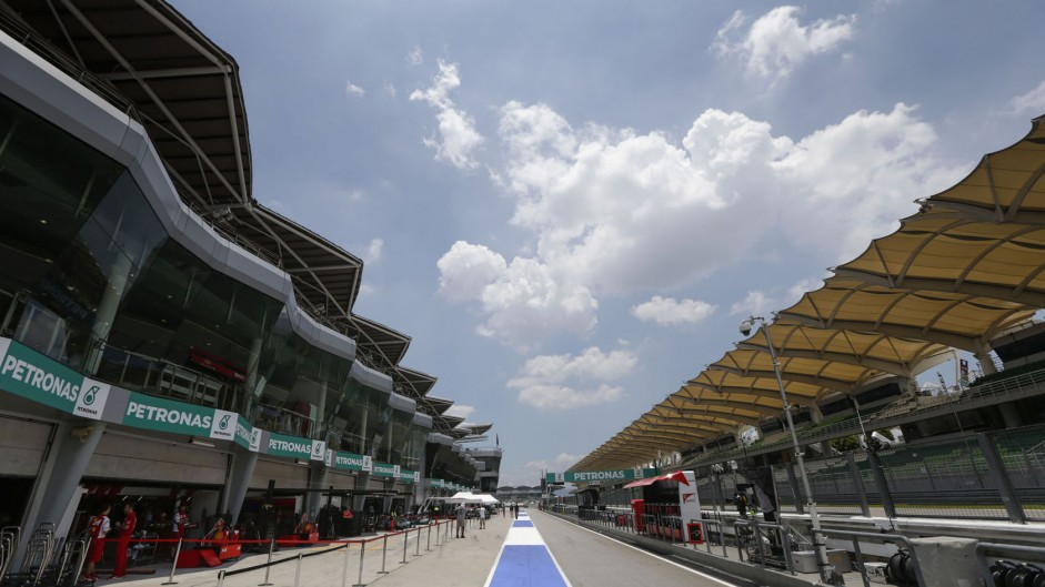 Pit lane, Sepang International Circuit, 2014