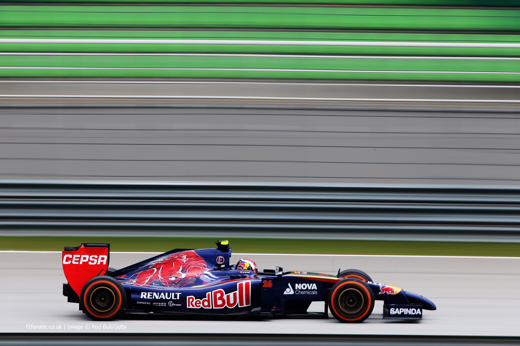 Daniil Kvyat, Toro Rosso, Sepang International Circuit, 2014