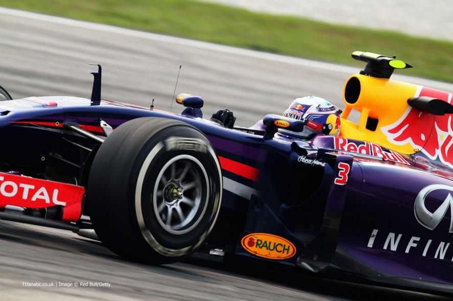 Daniel Ricciardo, Red Bull, Sepang International Circuit, 2014