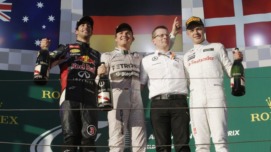 """Boullier praises """"faultless"""" Magnussen's rookie drive"""