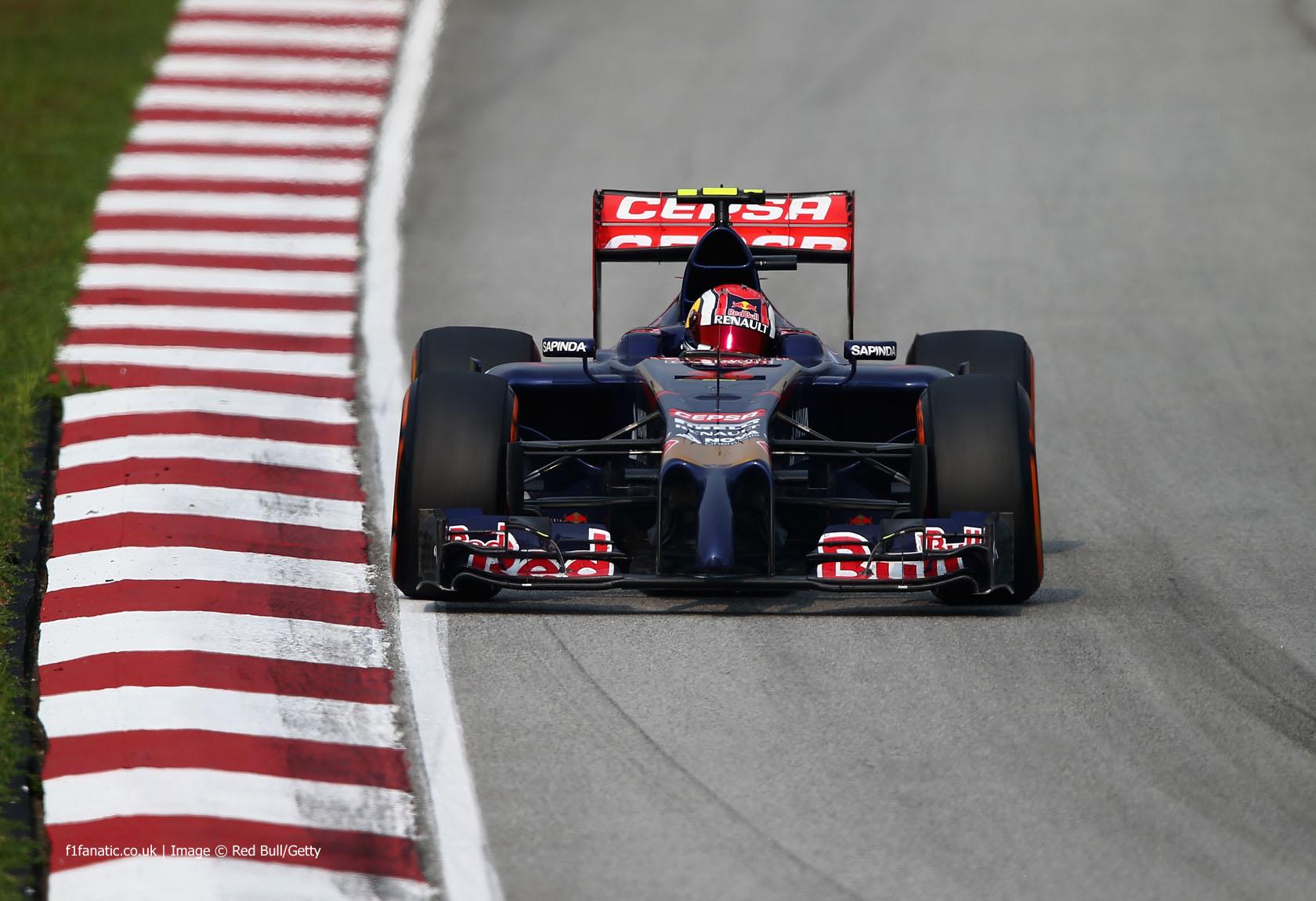 Daniil Kvyat, Toro Rosso, Sepang International Circuit, 2014