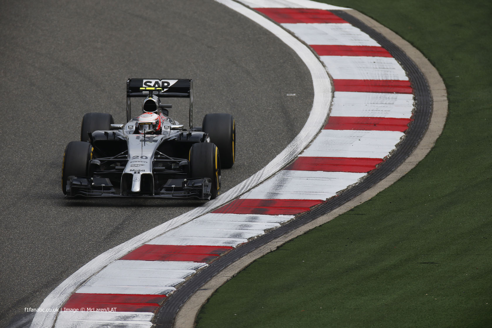Kevin Magnussen, McLaren, Shanghai International Circuit, 2014