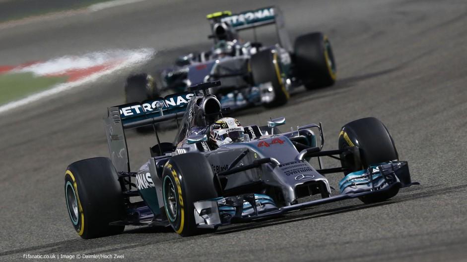 Hamilton fends off Rosberg for win in Bahrain thriller