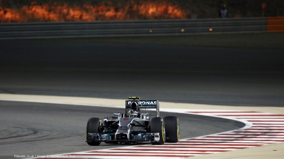 Rosberg turns tables on Hamilton for Bahrain pole