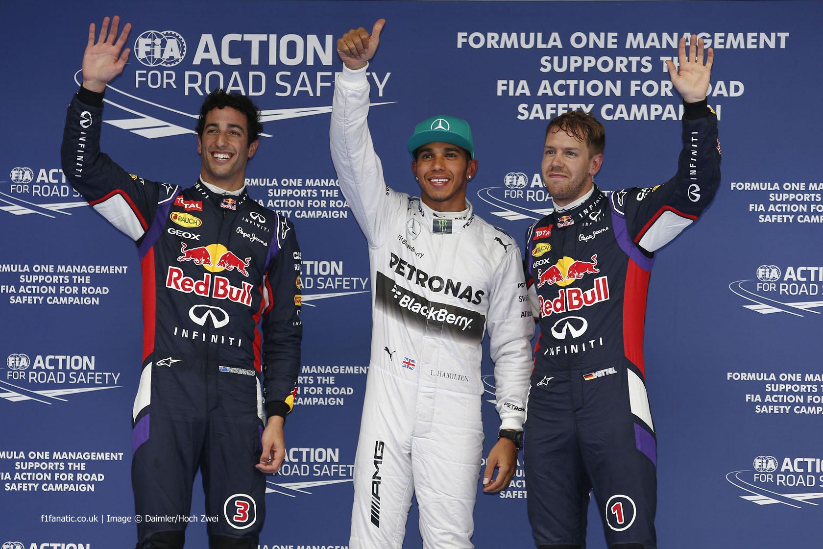 Daniel Ricciardo, Lewis Hamilton, Sebastian Vettel, Shanghai International Circuit, 2014