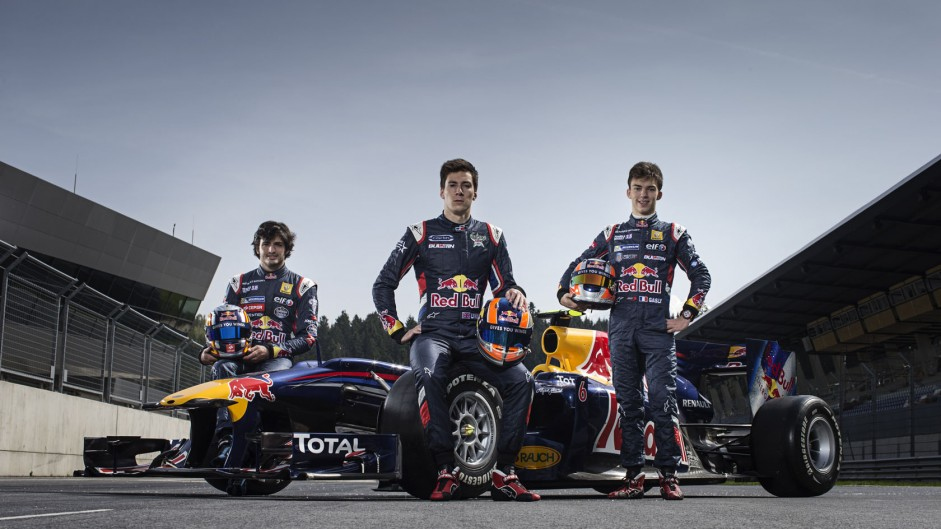 Red Bull put faith in youth as Vettel flees the nest