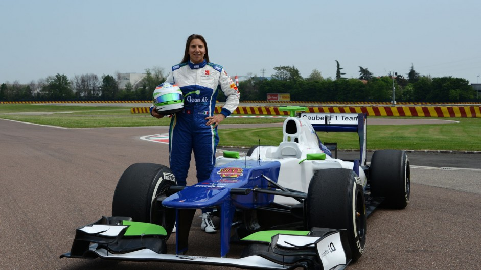 De Silvestro completes first F1 test day with Sauber