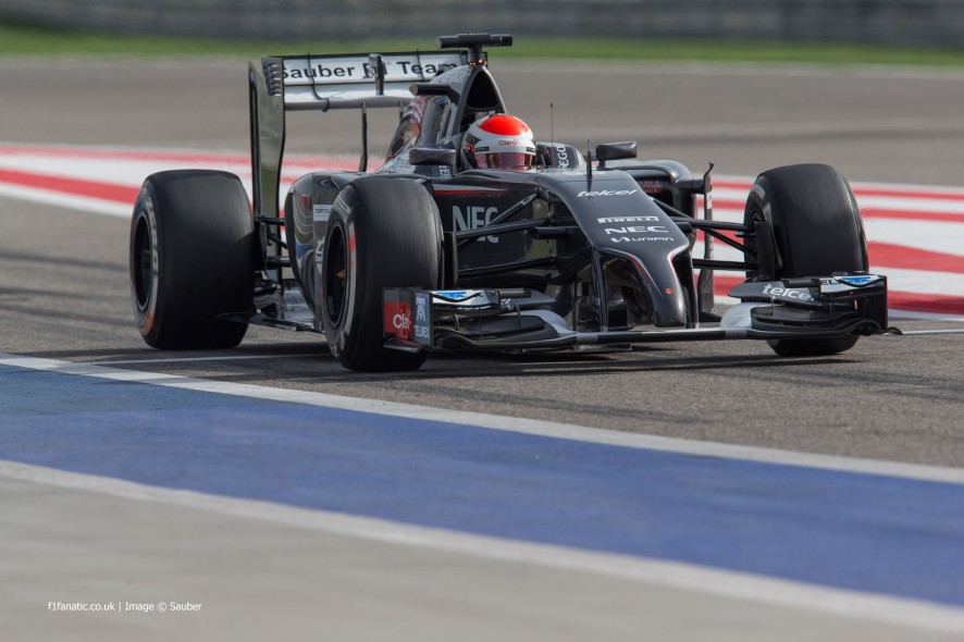 Adrian Sutil, Sauber, Bahrain International Circuit, 2014