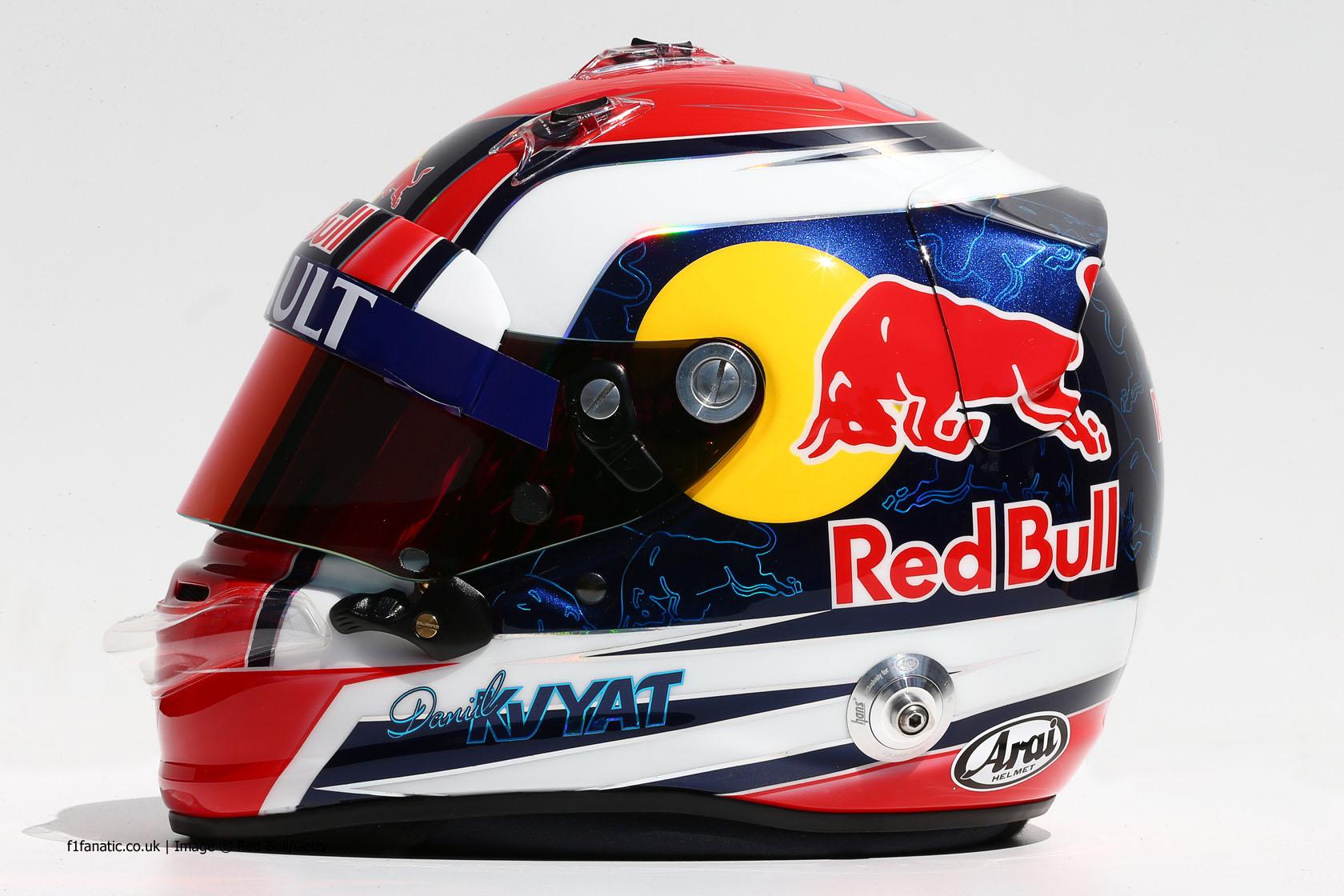 Daniil Kvyat, Toro Rosso, helmet, 2014