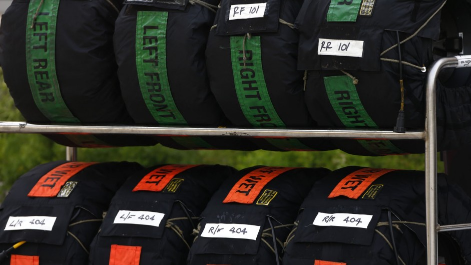 Tyre warmer ban opposed by drivers