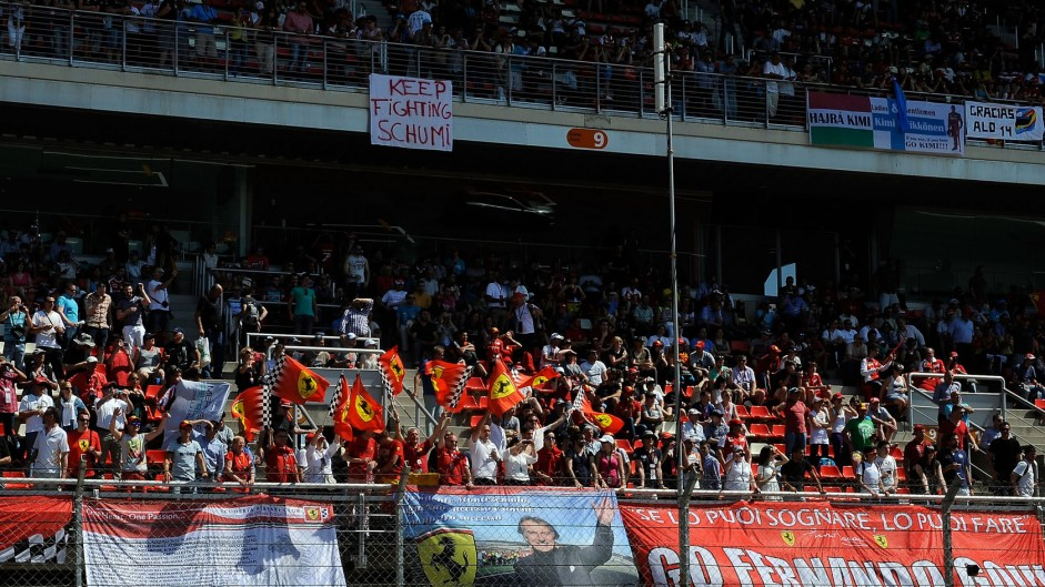 Ferrari fans, Circuit de Catalunya, 2014
