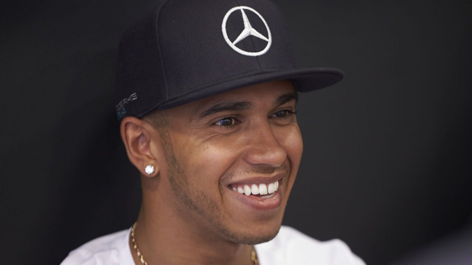 Hamilton keen for rivals to catch up