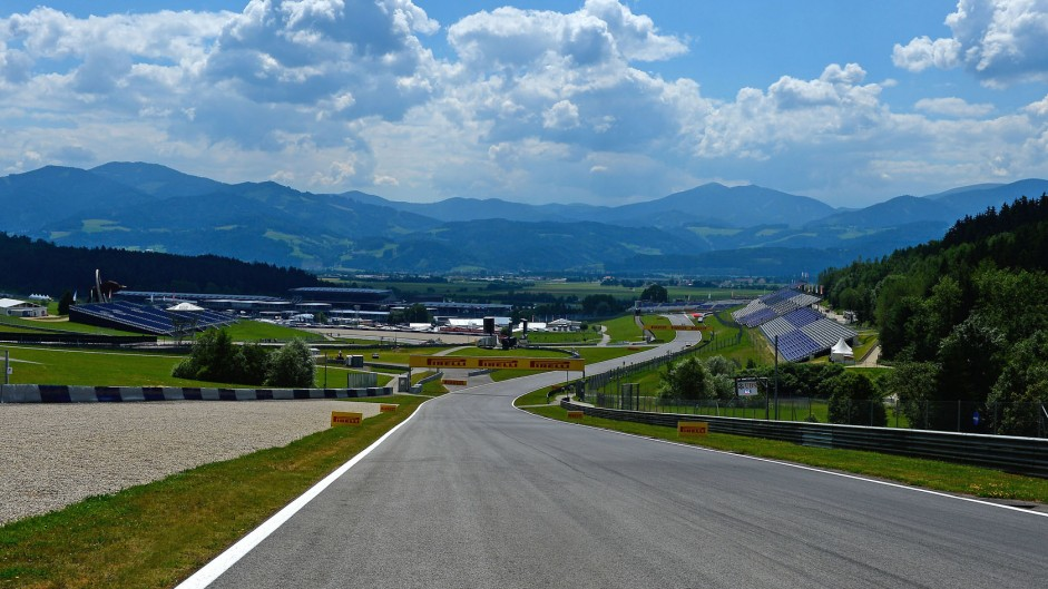 Straight to turn two, Red Bull Ring, 2014