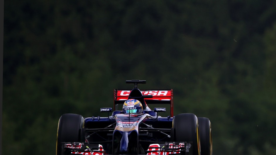 Suspended €10,000 fine for Toro Rosso over tyre error