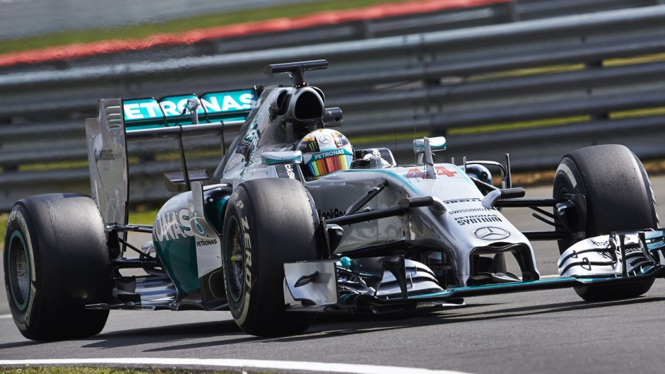 Hamilton hoping for better Mercedes reliability