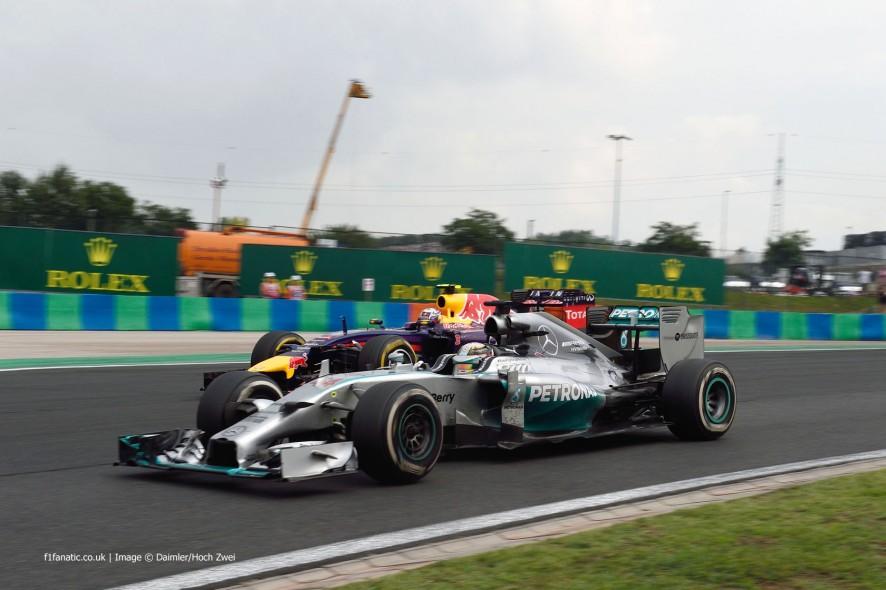 Lewis Hamilton, Daniel Ricciardo, Hungaroring, 2014