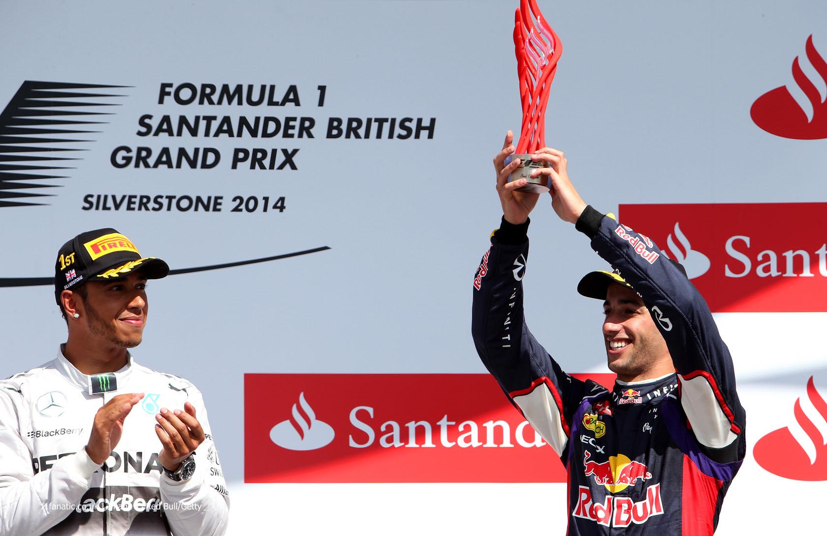 Lewis Hamilton, Daniel Ricciardo, Silverstone, 2014