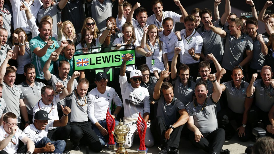 Hamilton's home win ties him with Stewart