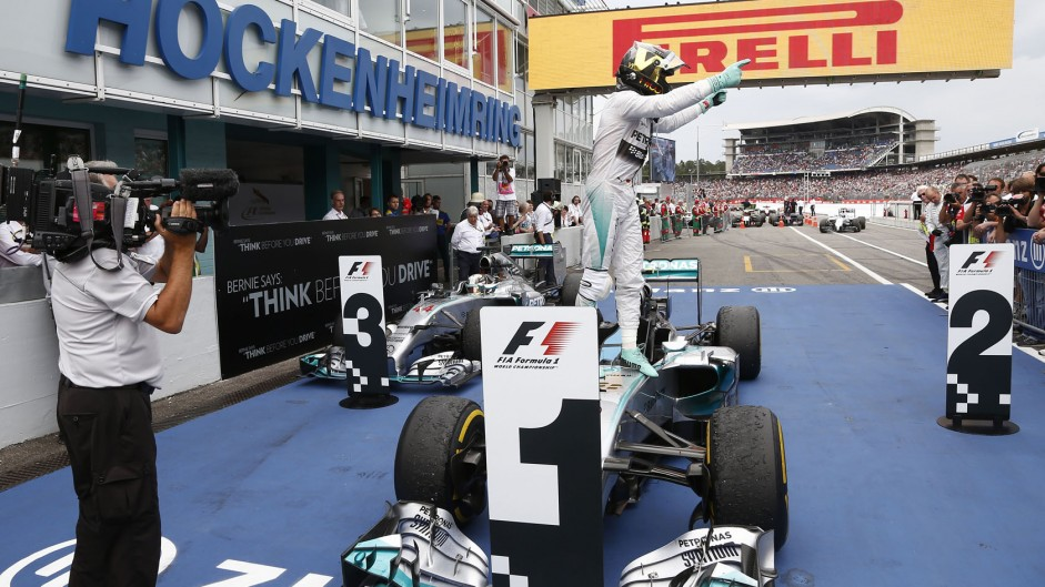 Rosberg adds to lead as Hamilton recovers for podium