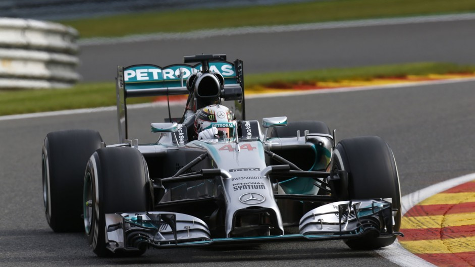 Hamilton: I gave Rosberg space to avoid contact