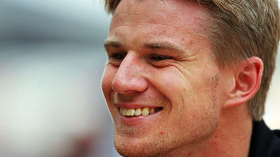 Force India retain Hulkenberg for 2015