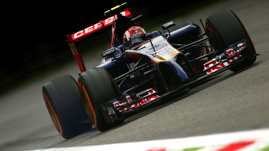 Kvyat to incur ten-place penalty for engine change