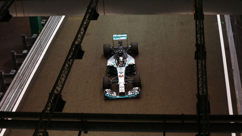 Hamilton beats Vergne to Driver of the Weekend