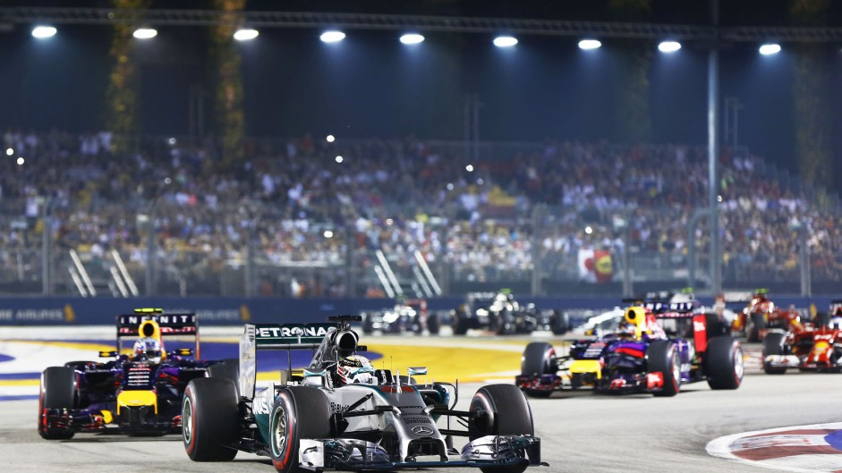2014 Singapore Grand Prix fans' video gallery