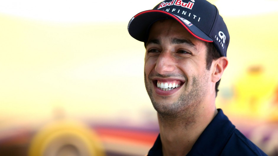 Ricciardo aims to be in title hunt at final round