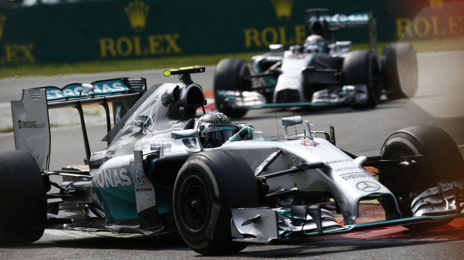 Rosberg says he cut chicane to avoid tyre damage