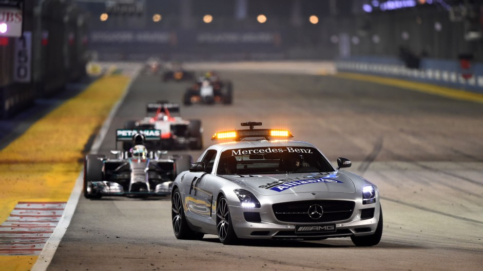 Safety Car causes strategic shuffles in Singapore