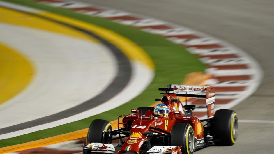 Alonso edges Ricciardo as Mercedes keep a low profile