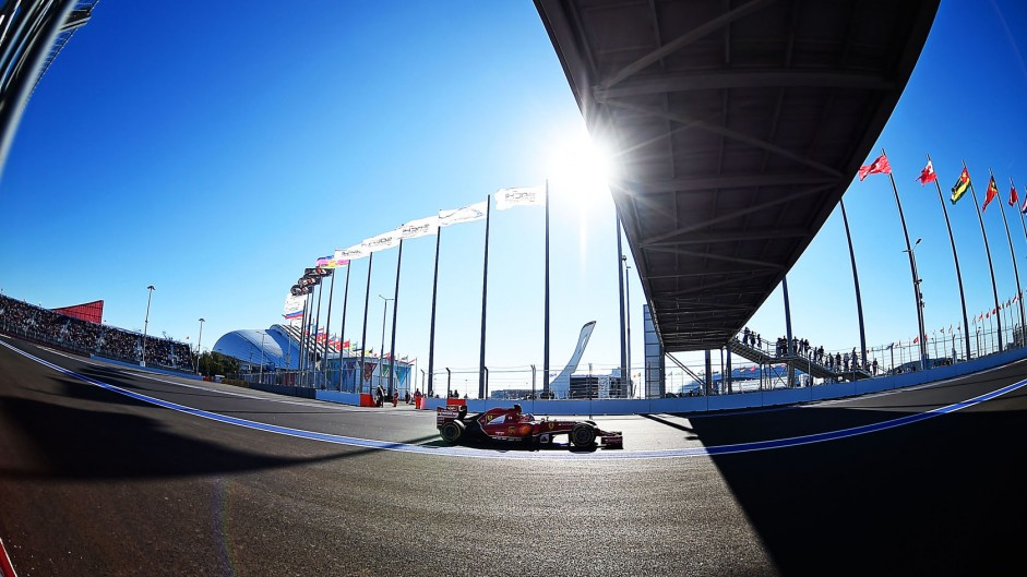 2014 Russian Grand Prix qualifying in pictures