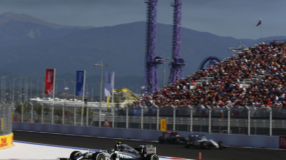 Rosberg sets second-fastest lap on 51-lap old tyres