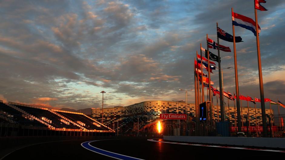 Live: 2014 Russian Grand Prix second practice